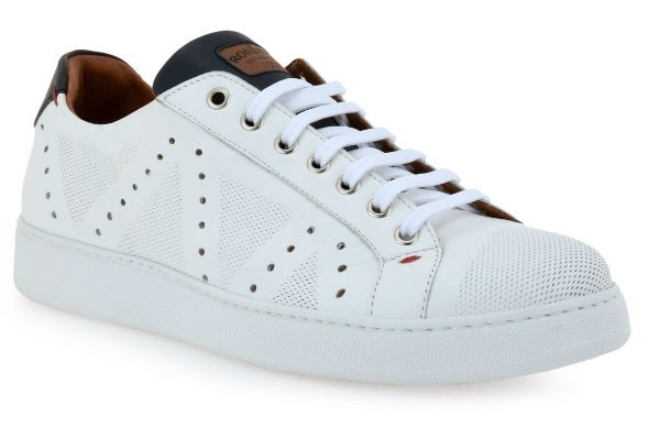 Robinson 1576 white