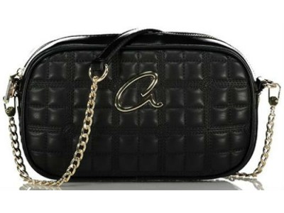 Axel Selina quilted bag chain on strap1020-0430 black